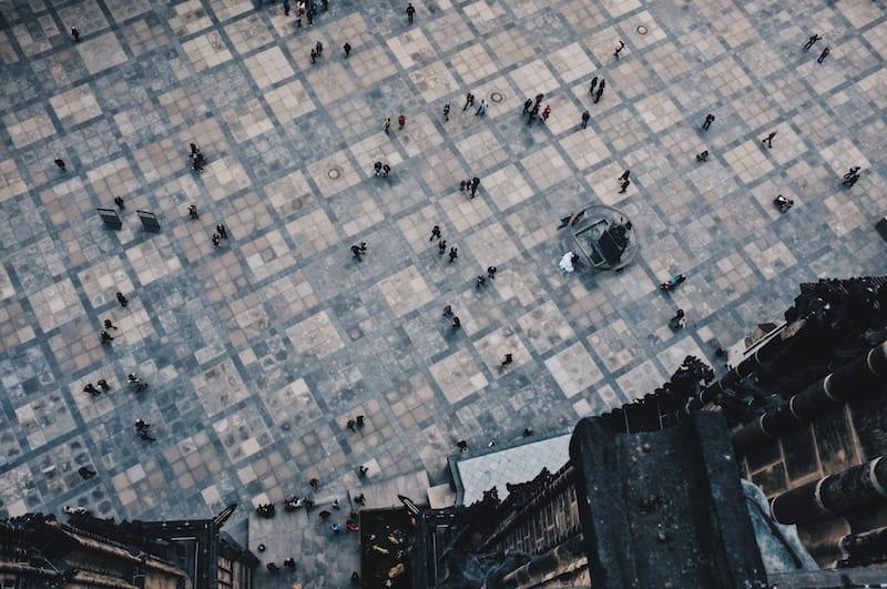 piazza_vuota_piena